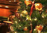チキン片手に♪ワインで乾杯♪ - Enjoy Christmas -